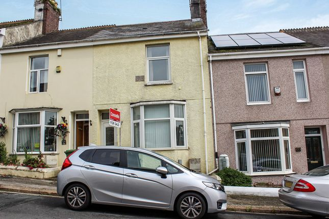 Thumbnail Terraced house for sale in Harbour Avenue, Camels Head, Plymouth
