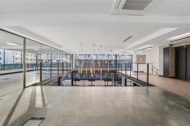 Thumbnail Office to let in East One Building, Commercial Street, Spitalfields, London