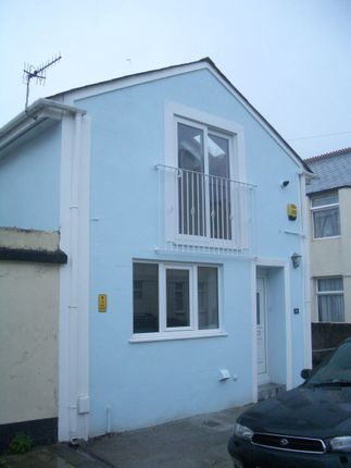 Thumbnail Property to rent in Watson Place, Plymouth