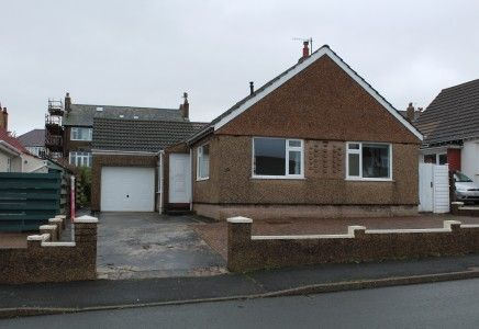 Thumbnail Property to rent in Eskdale Road, Onchan, Isle Of Man
