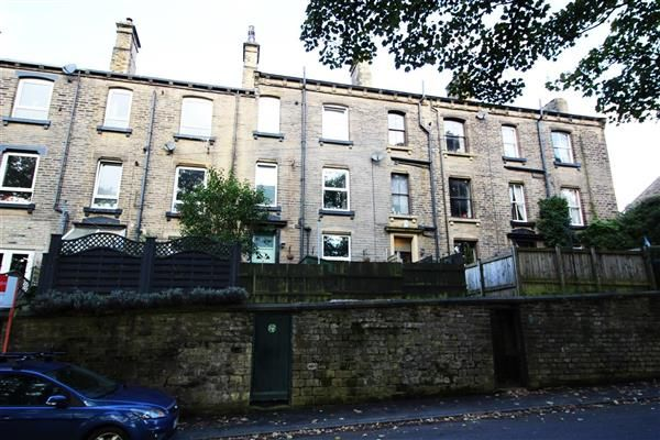 Thumbnail Terraced house for sale in Hollins Terrace, Triangle, Sowerby Bridge