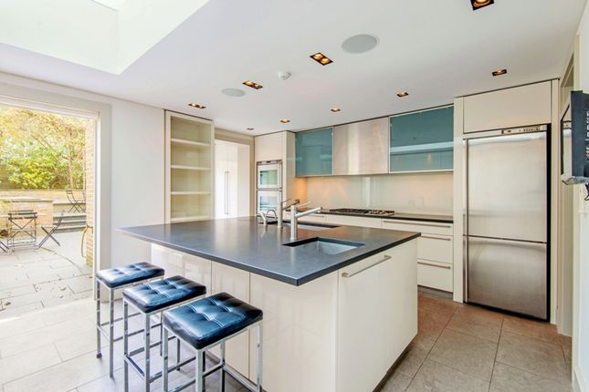 Thumbnail Terraced house to rent in South Hill Park, London