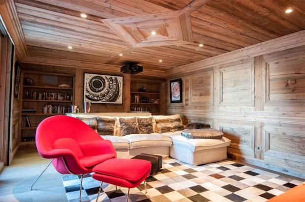 Cinema/Tv Room of Courchevel 1850, Bellecôte, French Alps, 73120