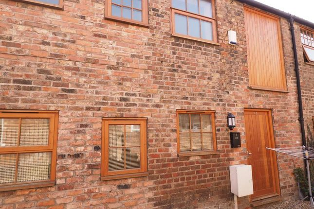 Thumbnail Terraced house to rent in North Street, Mews Houses, Bridlington