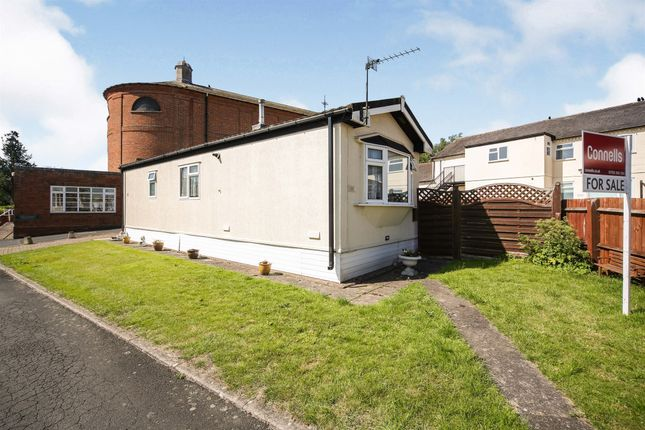 1 bed mobile/park home for sale in Wootton Hall, Wootton Wawen, Henley-In-Arden B95