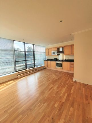 Thumbnail Flat to rent in Flat 29, 1 Point Wharf Lane, Brentford