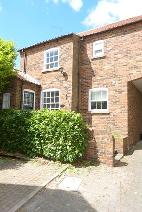 Thumbnail Mews house to rent in High Street, Barrow-Upon-Humber