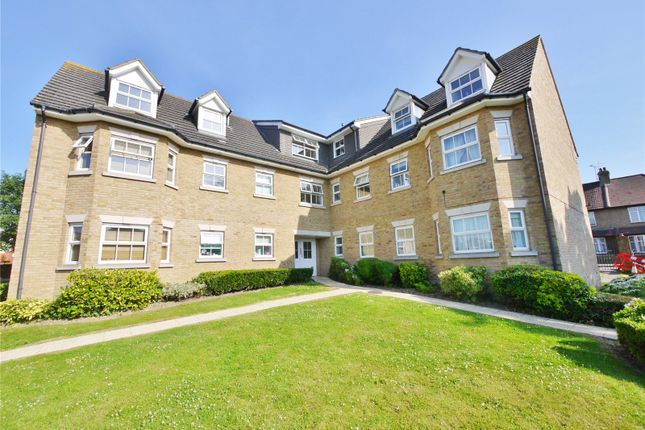 Thumbnail Flat for sale in The Courtyard, Brentwood, Essex