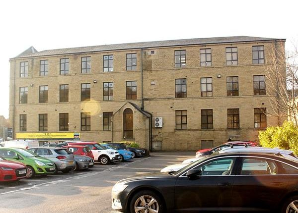 Thumbnail Office to let in Third Floor Parkview House, Woodvale Office Park, Bradford Road, Brighouse