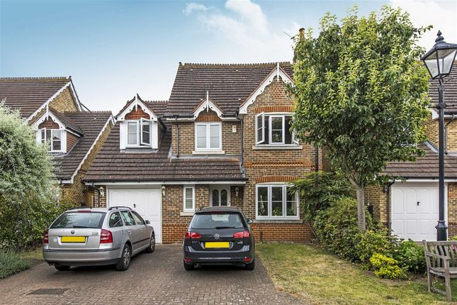Thumbnail Flat to rent in Bainbridge Close, Ham, Richmond