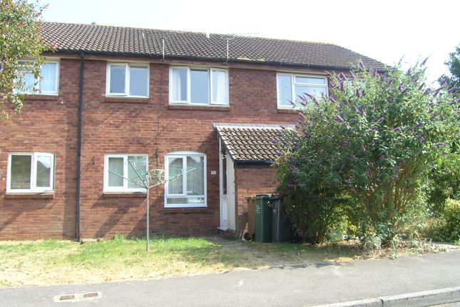 Thumbnail Flat to rent in Roman Way, Pewsham, Chippenham