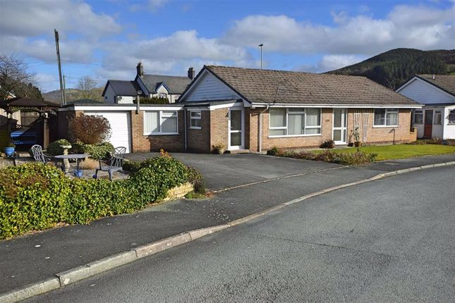Thumbnail Bungalow for sale in 1, Gerddi Cledan, Carno, Caersws, Powys