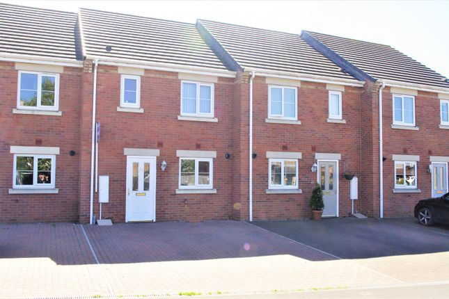 3 bed town house for sale in Springwell Lane, Northallerton