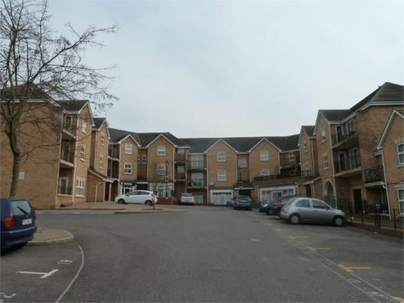 Thumbnail Flat for sale in Steeple View, Basildon, Essex
