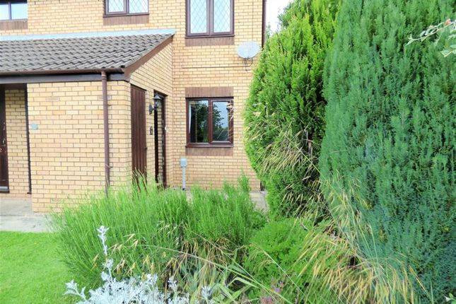 Thumbnail Flat to rent in Sheldrake Way, Beverley