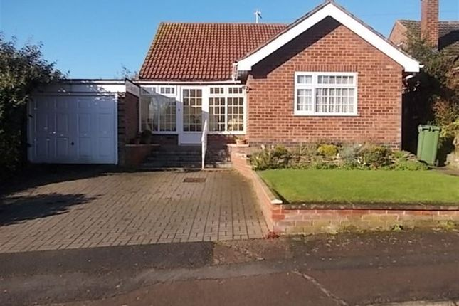 Thumbnail Bungalow to rent in Beaconsfield Avenue, Rugby