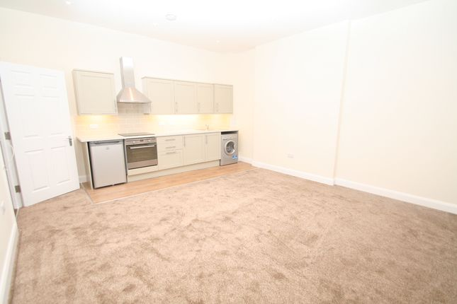 1 bed flat to rent in Lonsdale Gardens, Tunbridge Wells TN1