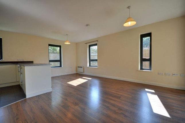 Thumbnail Flat to rent in Broadfields, North Harrow, Middlesex