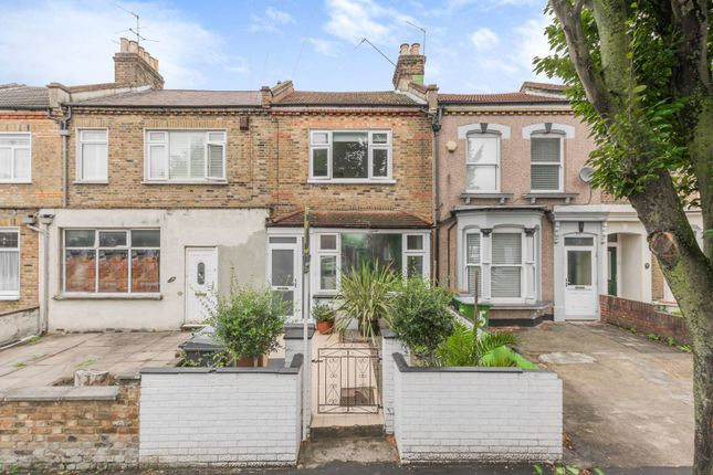 Thumbnail Property for sale in Borthwick Road, Stratford