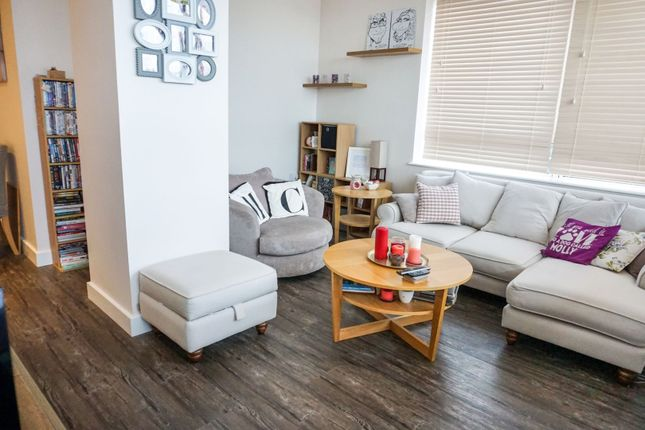 Thumbnail Flat for sale in 1 The Causeway, Worthing