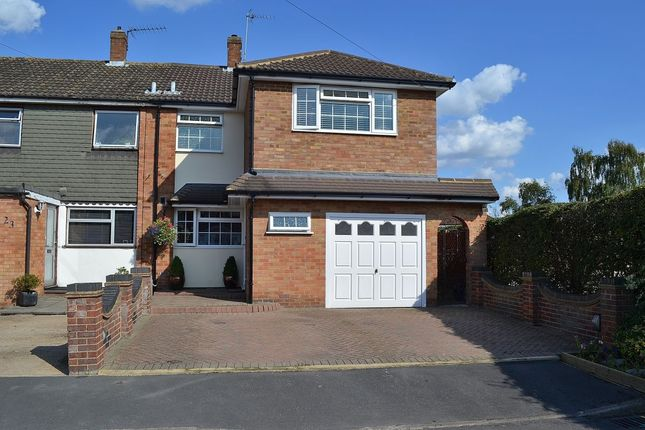 4 bed semi-detached house for sale in Stoneleigh Drive, Hoddesdon