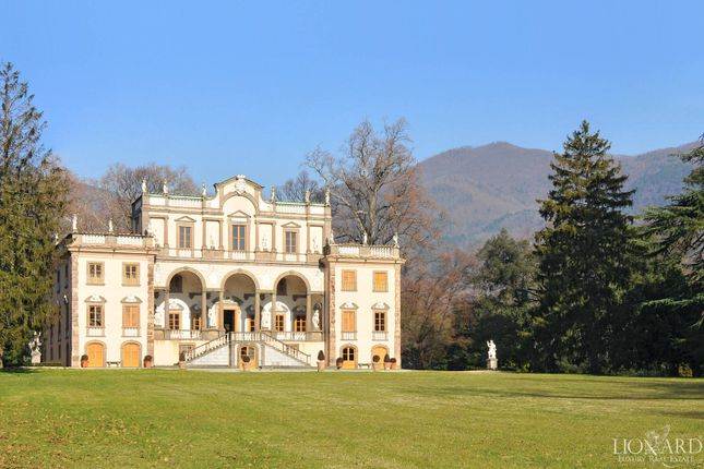 Thumbnail Villa for sale in Capannori, Lucca, Toscana