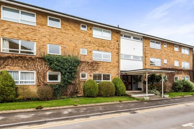 Thumbnail Flat for sale in Boxgrove Road, Guildford, Surrey