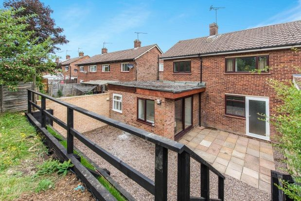 Thumbnail Property to rent in Applegarth Avenue, Guildford