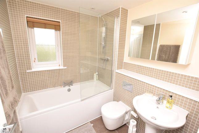 Bathroom of Redshank Walk, Bude EX23