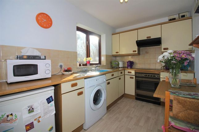 Thumbnail Flat for sale in Lodge Close, Ashby-De-La-Zouch