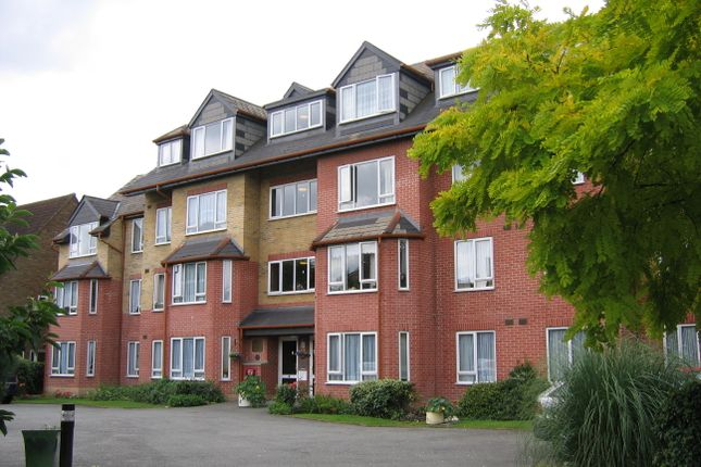 Thumbnail Flat to rent in Brighton Road, South Croydon