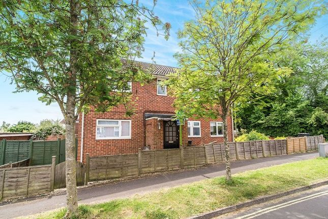 Thumbnail Flat to rent in Millway Road, Andover