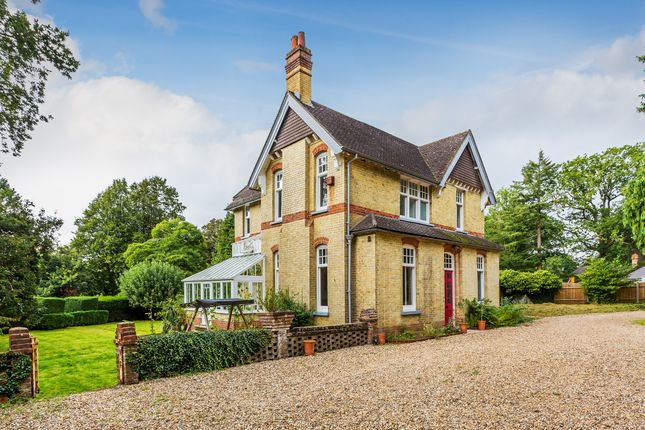 Thumbnail Detached house for sale in Landscape Road, Warlingham