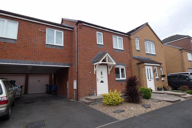Thumbnail Town house to rent in 15 Riven Road, Hadley, Telford