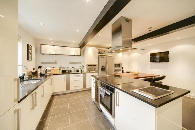 Thumbnail Property to rent in Poplar Terrace, Reedsholme, Rossendale