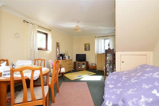 Thumbnail Flat for sale in Harold Street, Dover, Kent