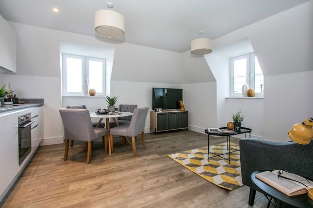 Thumbnail Flat for sale in West Cliff Road, Bournemouth