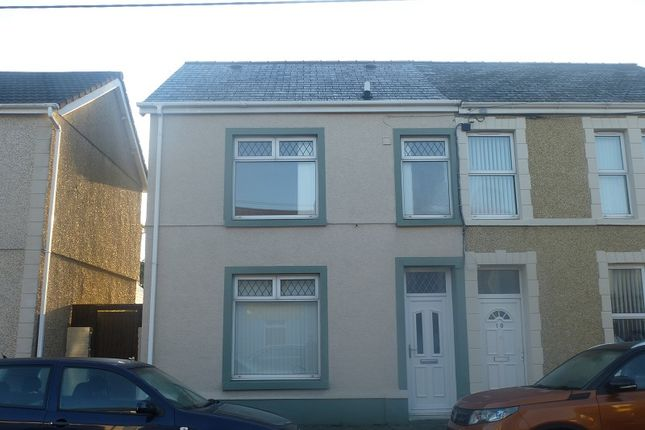 Thumbnail Semi-detached house to rent in Station Road, Ammanford, Carmarthenshire.