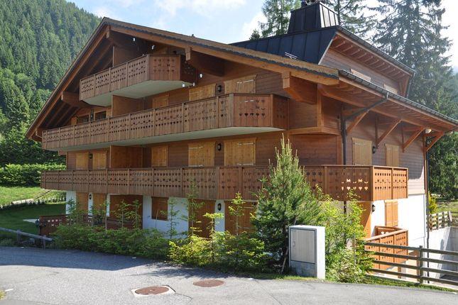 Thumbnail Maisonette for sale in Le Closel, Villars, District D'aigle, Vaud, Switzerland
