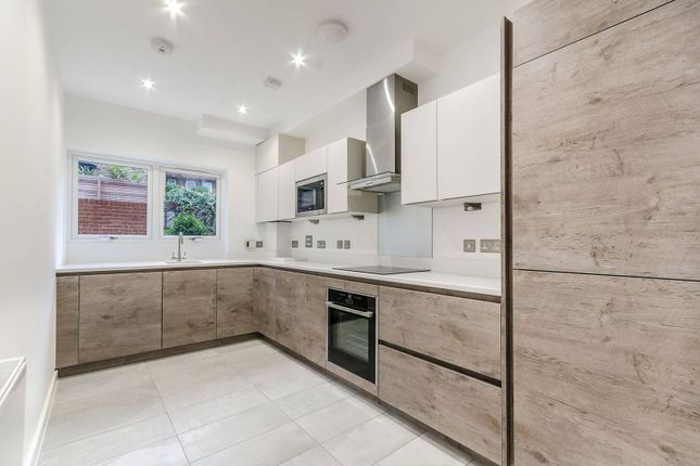 Thumbnail Property to rent in Cleary Court, Battersea