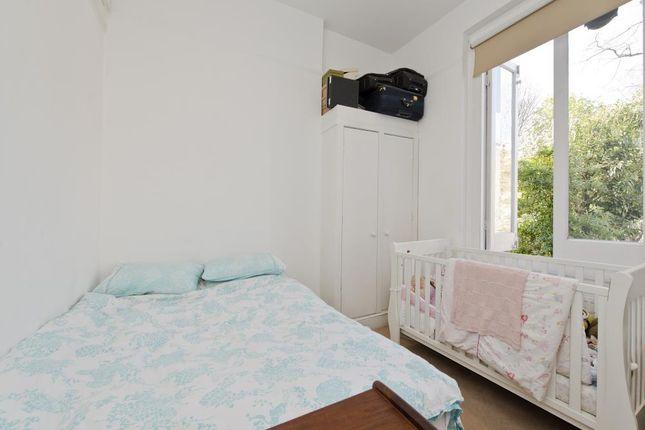 Bedroom of Lancaster Road, London W11
