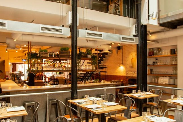 Thumbnail Restaurant/cafe to let in 27 Clerkenwell Road, London