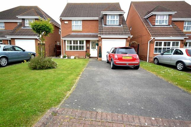 Thumbnail Property for sale in Bude Close, New Waltham, Grimsby