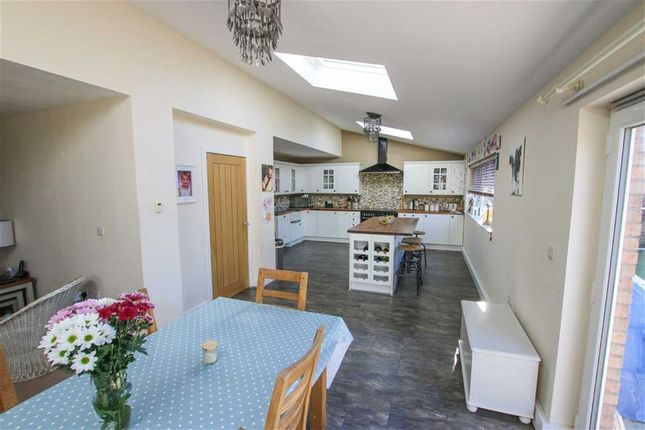 Thumbnail Property for sale in Lawrence Lane, Middle Rasen, Lincolnshire