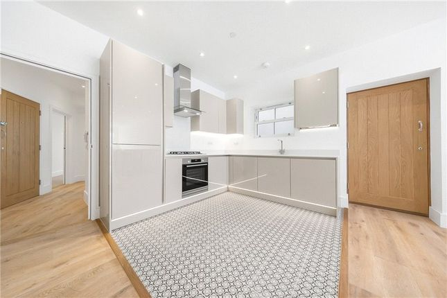 Picture No. 17 of Kit Apartments, 151 Camberwell New Road, Oval, London SE5