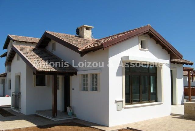 3 bed bungalow for sale in Famagusta, Cyprus