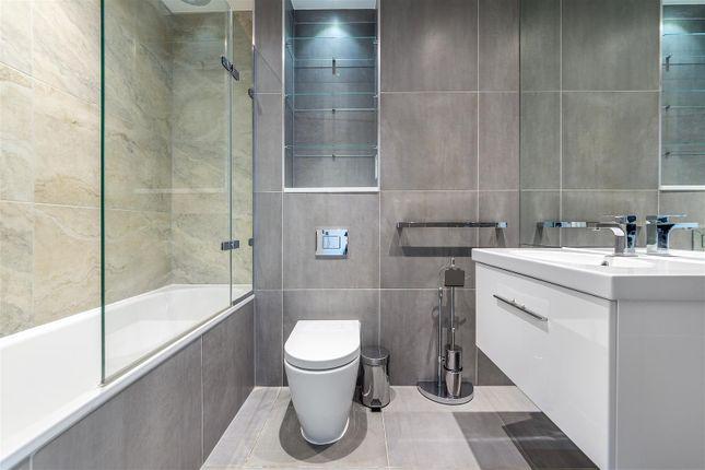 Bathroom of Rosler Building, Ewer Street, London Bridge, London SE1