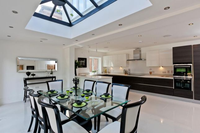 Thumbnail Detached house to rent in Northfield Place, Weybridge