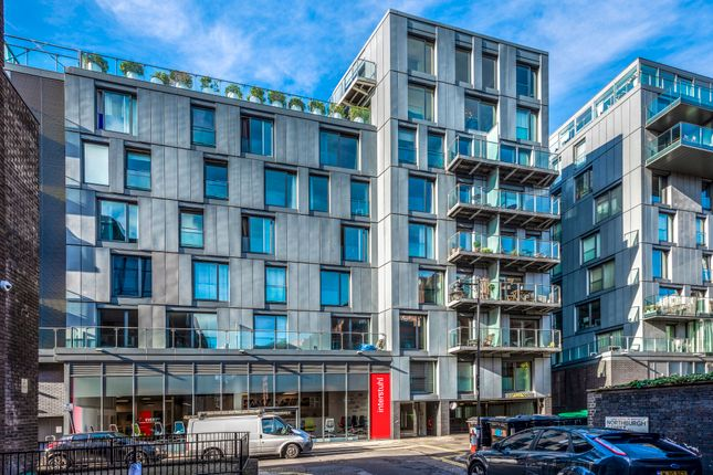 Thumbnail Flat for sale in Brewhouse Yard, London