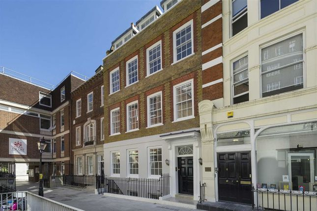 Thumbnail Flat for sale in Warwick Court, London